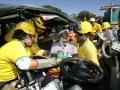 En el Km 14.5  de la carretera de Oro Juridiccion de Ciudad Delgado  ocurrio un percanse automovilisto un Microbus P185-405 se conducia a exesiva velocidad  y se precipito chocando con las bardas de seguridad volcando, dos perseonas se conducian en el automotor Marvin Saul Cabrera de 26 años era el conductor y Ines Cabrera de 40 las dos personas resultaron heridas de gravedad comandos de salvamento las traslado al Hospital Molina . FOTO- JOSUE GUEVARA