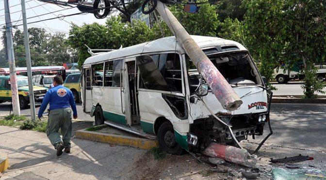 An MVA involving public transport causes 10 injured