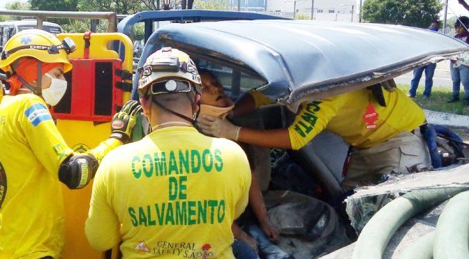 ACCIDENTE EN BULEVAR DEL EJÉRCITO DEJA LESIONADOS